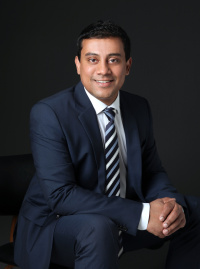 Dr Ashish Gupta (Orthopaedic Surgeon)