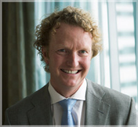 Dr Mark Ashton (Plastic and Reconstructive Surgeon)